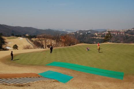 March_golf